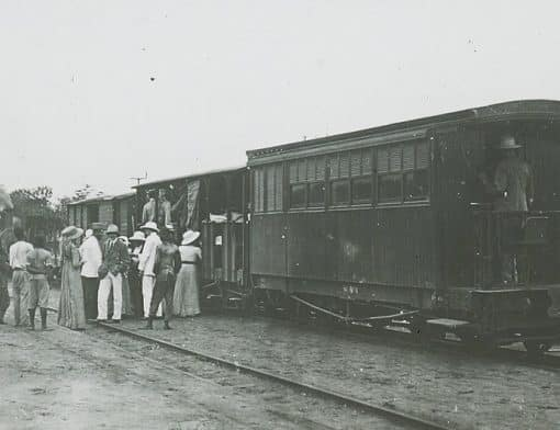 Missionaries and steam train Congo 1900-1915
